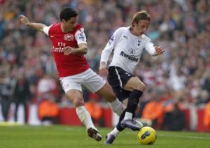 Arsenal's Spanish player Mikel Arteta (L