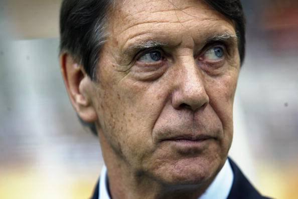 Paraguay coach Cesare Maldini