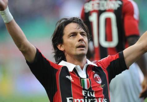Filippo Inzaghi (L) celebrates after sco