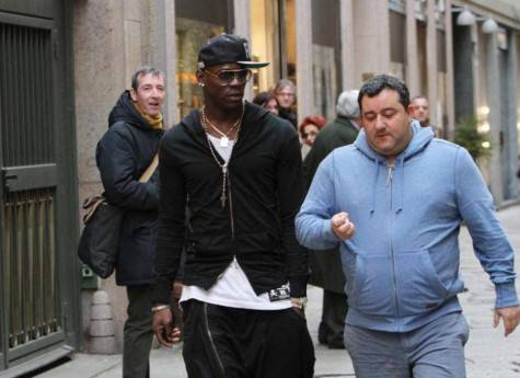 Mario Balotelli e Mino Raiola (©Getty Images)