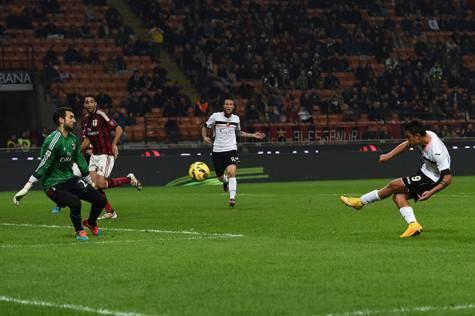 Il gol di Dybala in Milan-Palermo (Getty Images)