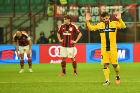 La 'non' esultanza di Nocerino dopo il gol (Getty Images)
