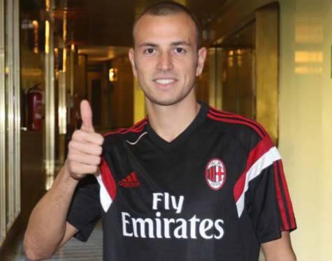 Luca Antonelli (acmilan.com)