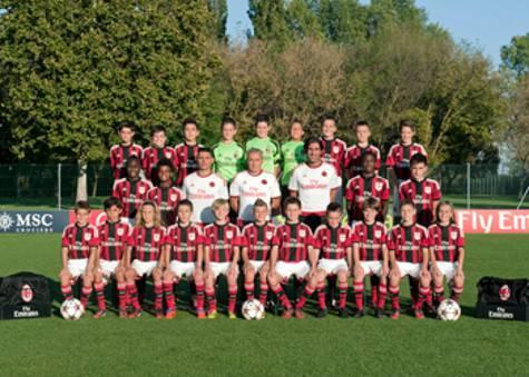Esordienti 2004 (foto acmilan.com)