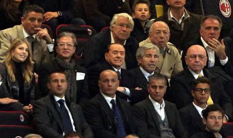 Berlusconi e Richard Lee (gazzetta.it)