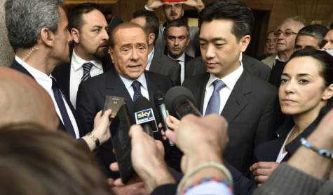 Silvio Berlusconi Mr Bee Taechaubol