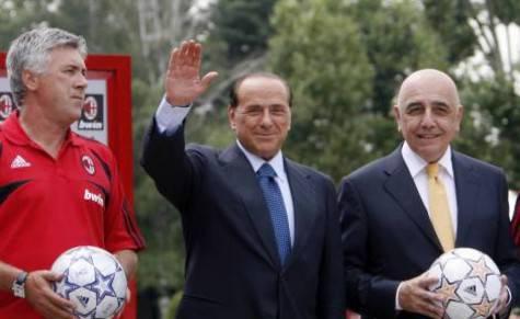 Carlo Ancelotti, Silvio Berlusconi e Adriano Galliani (foto da lettera43.it)