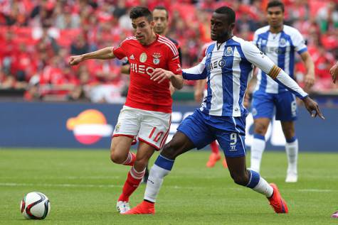 LISBON, PORTUGAL - APRIL 26:  Porto's forward Jackson Martinez tackles Benfica's midfielder Nicolas Gaitan in action during the Primeira Liga match between Benfica and FC Porto at Estadio da Luz on April 26, 2015 in Lisbon, Portugal.  (Photo by Carlos Rodrigues/Getty Images)