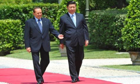 Berlusconi e Xi Jinping nel 2011 (getty images)