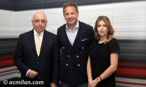 Adriano Galliani, Sinisa Mihajlovic e Barbara Berlusconi (acmilan.com)