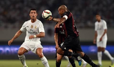 Nigel De Jong vs Cristiano Ronaldo (Getty Images)