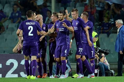 La Fiorentina festeggia un gol in amichevole (Getty Images)
