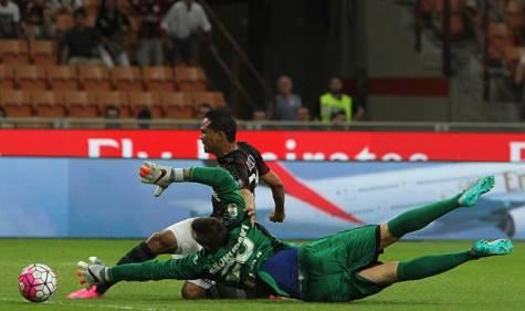 Il gol di Carlos Bacca che batte Skorupski (Getty Images)