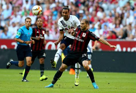 Gabriel Paletta e Nacer Chadli (Getty Images)