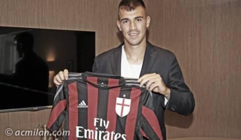Alessio Romagnoli (foto da acmilan.com)
