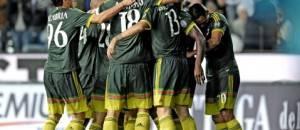 Il Milan festeggia la vittoria contro l'Udinese (foto acmilan.com)
