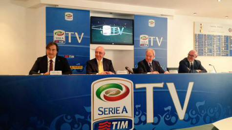 Adriano Galliani in conferenza stampa (foto Twitter)