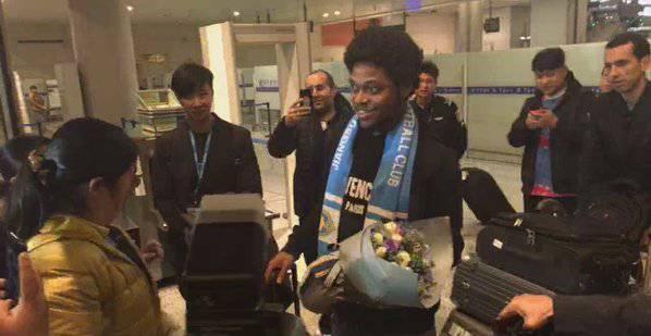 Luiz Adriano fa dietrofront niente Cina, torna al Milan