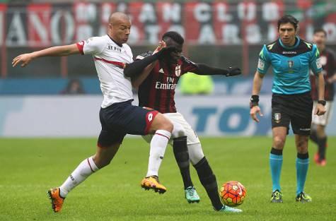 De Maio, Niang e l'arbitro Calvarese (©getty images)