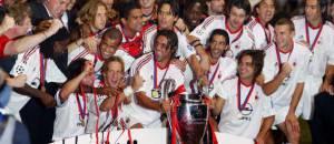 Il Milan celebra la Champions League 2003 (©getty images)
