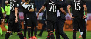 Vincenzo Montella esulta con i giocatori (©getty images)