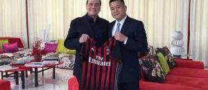 Silvio Berlusconi e Yonghong Li