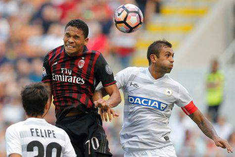 Carlos Bacca e Danilo (©Getty Images)