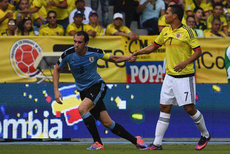 Diego Godin e Carlos Bacca (©Getty Images)