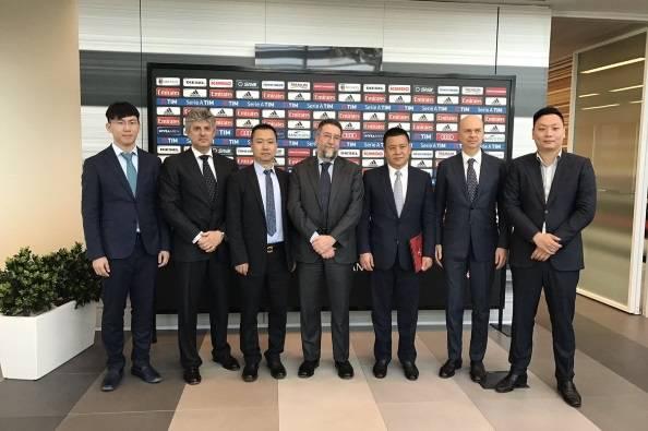 Yonghong Li Marco Fassone Lu Bo Roberto Cappelli, David Han Li Marco Patuano Xu Renshuo