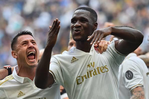 Colpo di Zapata al 97', pareggio tra Inter e Milan