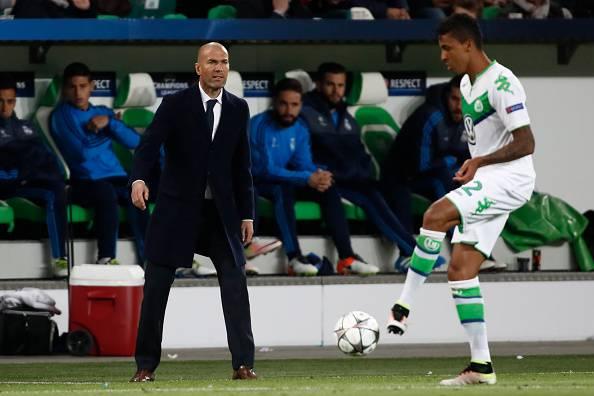 Zinedine Zidane Luiz Gustavo