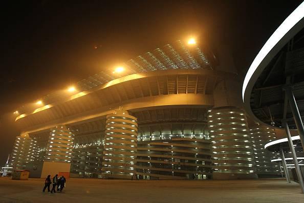Milan aek atene solo 17mila rossoneri a san siro - Cosa si puo portare allo stadio san siro ...