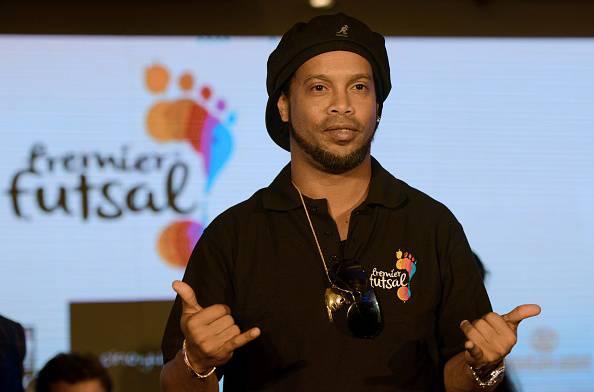 Ronaldinho, ritiro ufficiale: