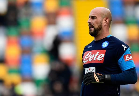 Calciomercato, il Milan ha scelto Reina. I fratelli Donnarumma verso l'addio