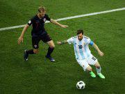 Lionel Messi Ivan Strinic