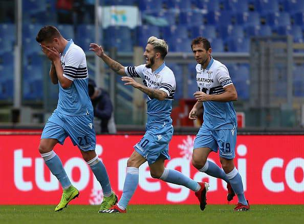 Milinkovic-Savic esulta dopo il gol