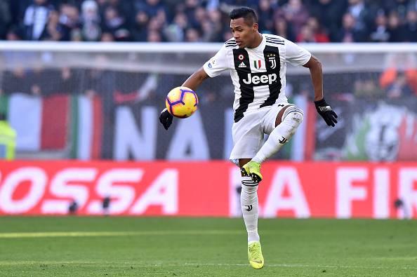 Juventus, Alex Sandro avvisa: