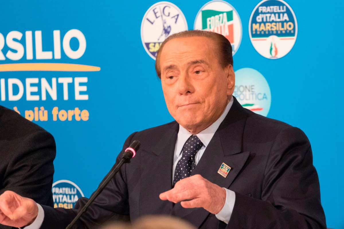 Berlusconi salute