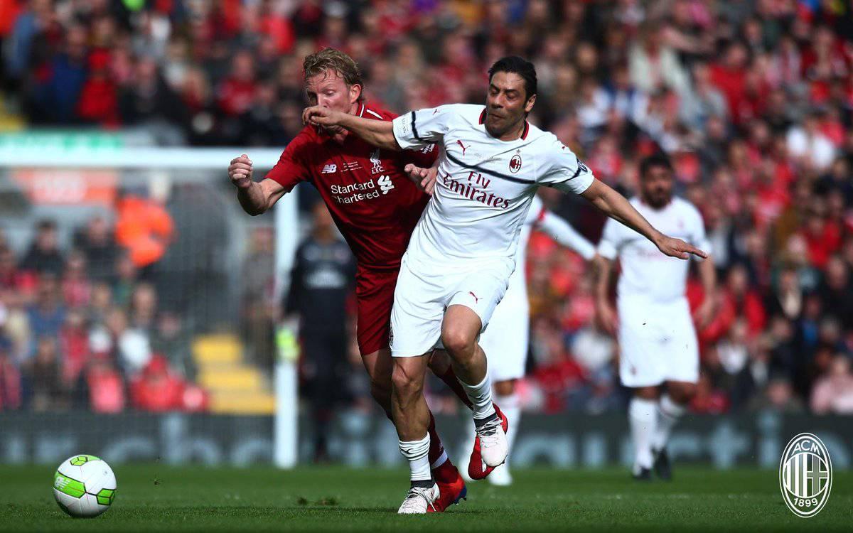 Liverpool Milan 3-2, un gol di Gerrard decide la sfida tra glorie