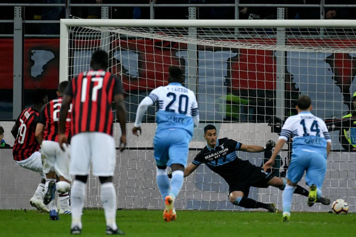 Il rigore di Kessie in Milan-Lazio