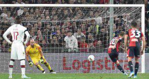Pepe Reina parata rigore Schone Genoa-Milan