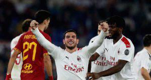 Theo Hernandez esulta in Roma-Milan