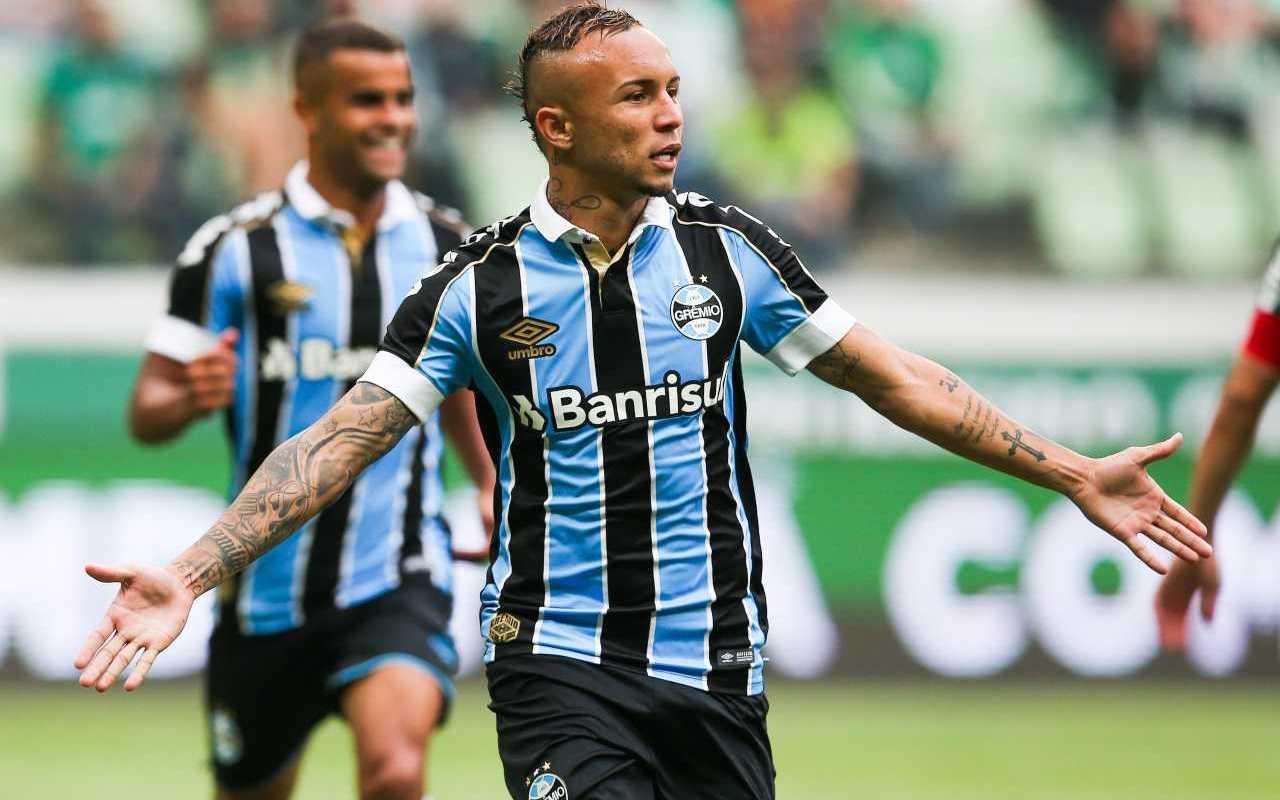Everton Sousa Soares Cebolinha (1)