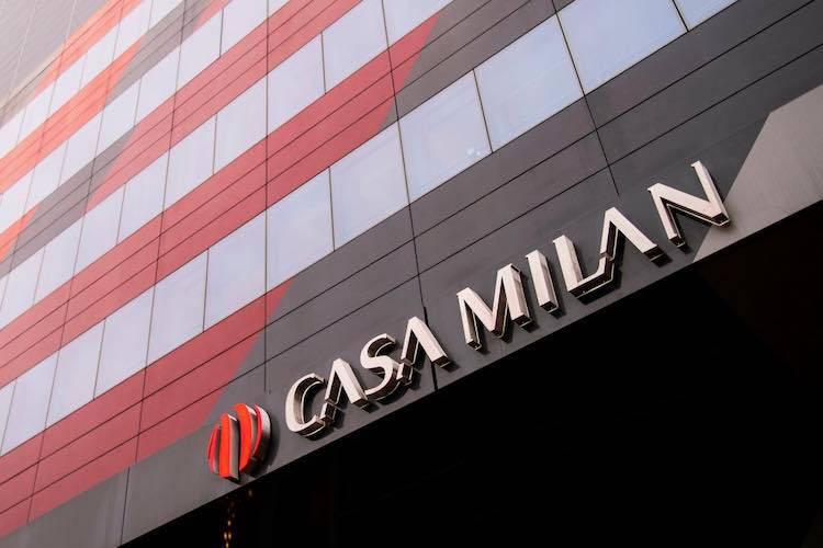 Serie B, taglio stipendi calciatori: Lega propone nessuna retribuzione durante inattività