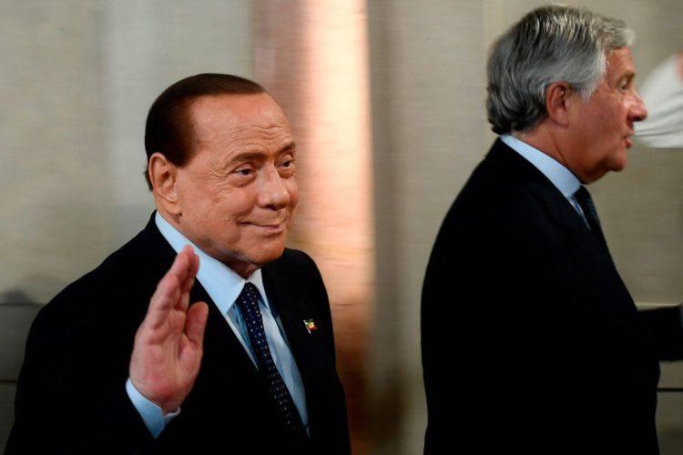 Silvio Berlusconi dimesso coronavirus