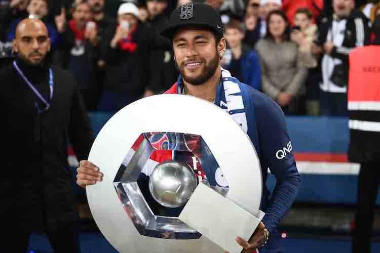 Ufficiale: la Ligue 1 chiude i battenti. Cosa succederebbe in Serie A