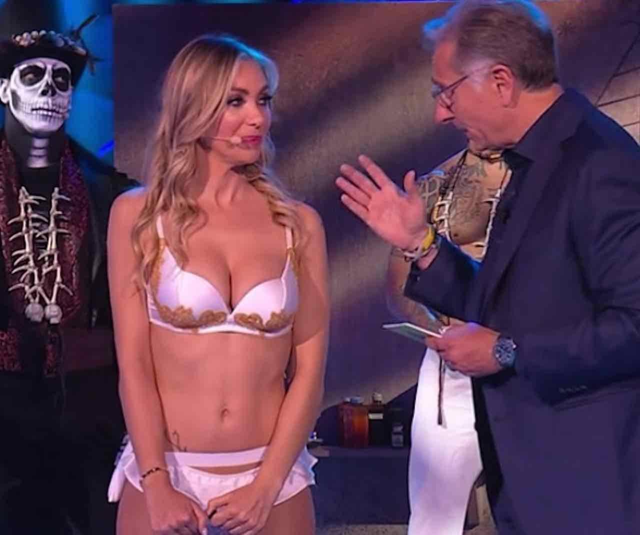 Laura Cremaschi, show a Ciao Darwin. E su Theo Hernandez ...