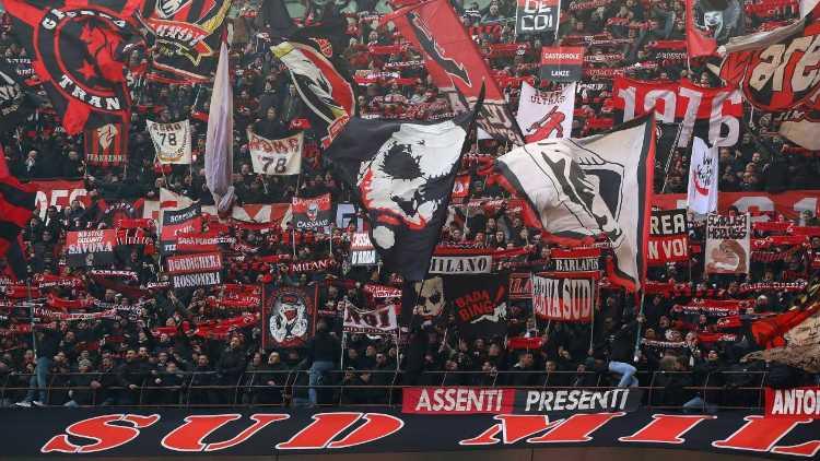 Curva tifosi Milan