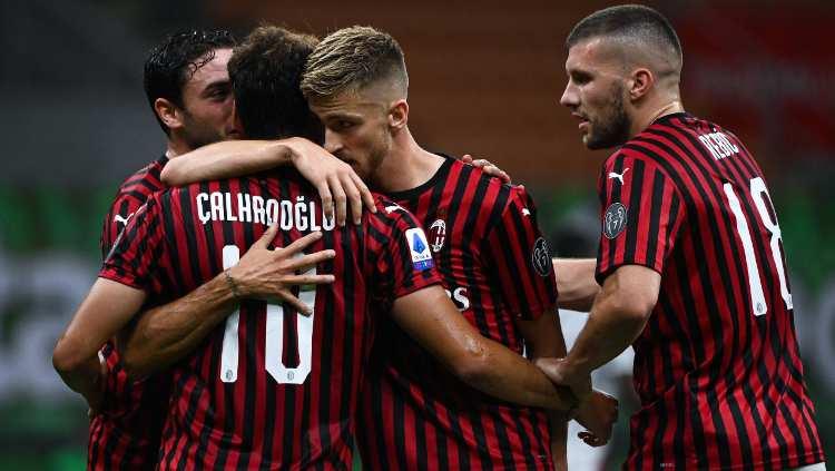 Milan nuova maglia Cagliari