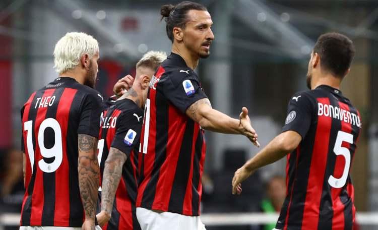 Ibrahimovic auguri Milan